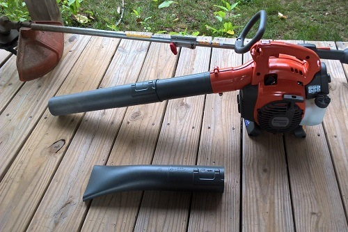 Husqvarna 952711925 125B 28cc 2-Stroke 170 MPH Gas Powered Handheld Blower Outside